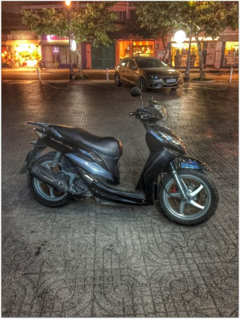 shark moto bike saigon